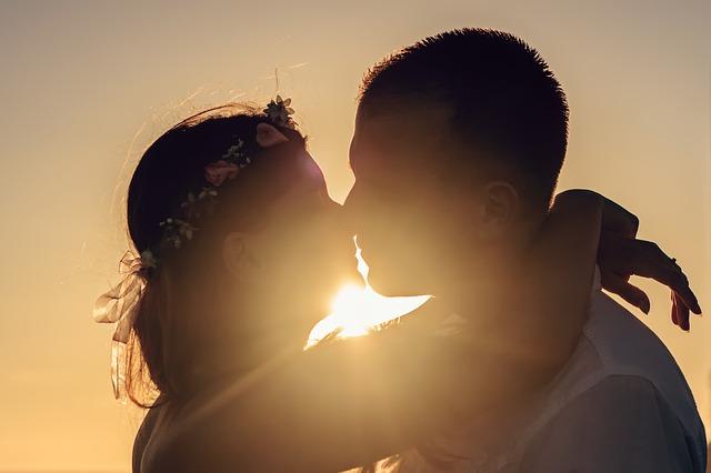 同性 と キス する 夢 占い