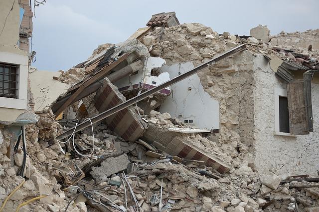 夢占い地震の夢