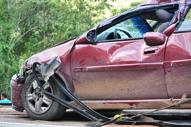 夢占い 車の事故の夢