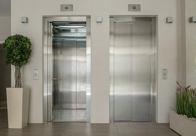 夢占い エレベーターの夢
