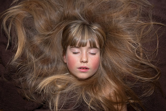 抜ける 夢 髪の毛
