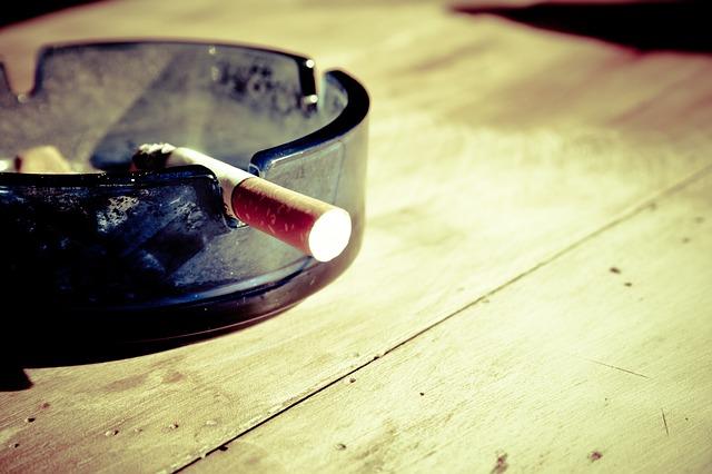 タバコの夢占い