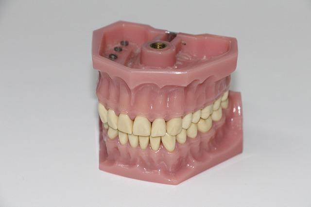 歯が抜ける夢